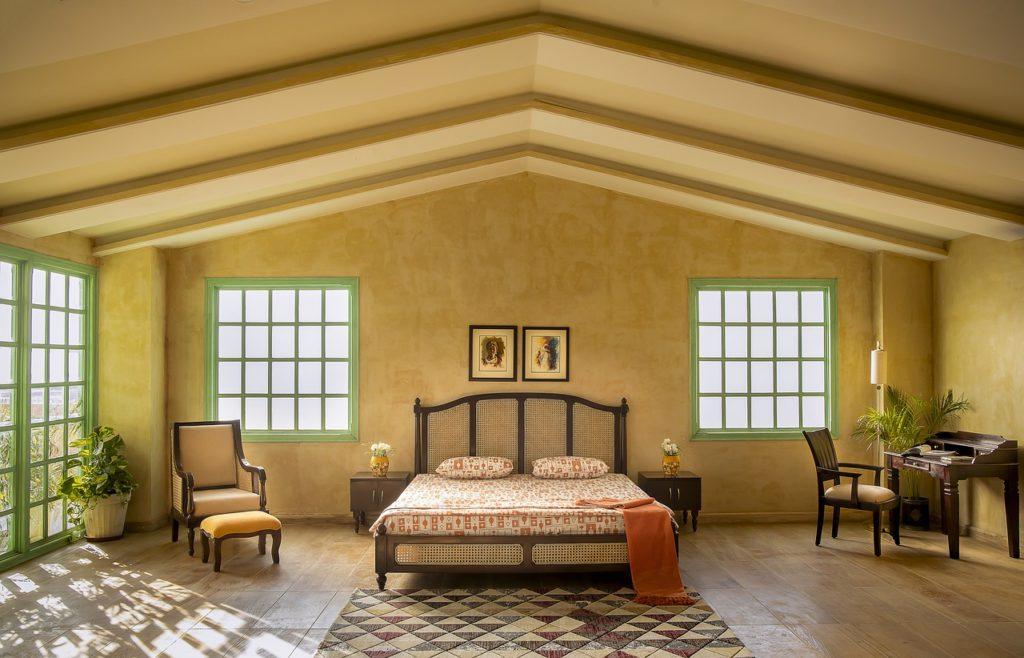 Bedroom Furniture Wooden Furniture  - Houseoffanusta / Pixabay
