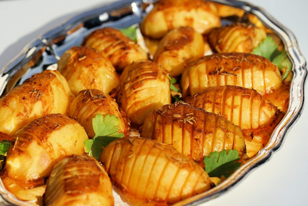 Grill Potato Barbecue Garden Party - webandi / Pixabay