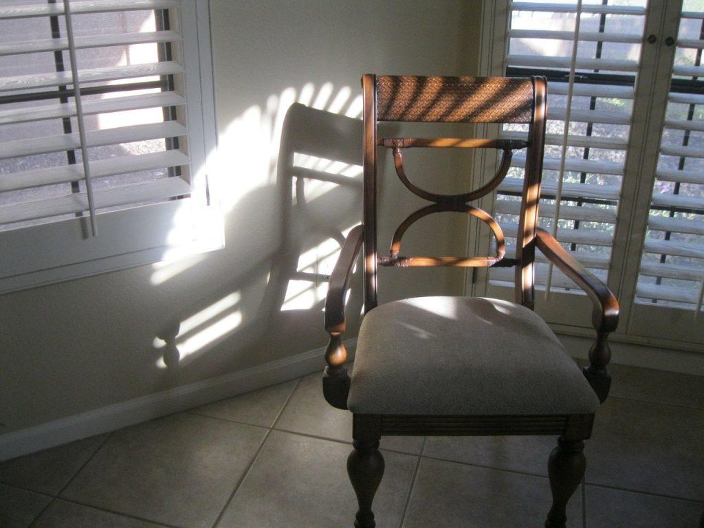 Chair Light Sunlight Rays Windows  - sharonrea / Pixabay