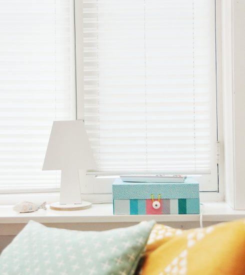 Pillows Bedroom Window Blinds Lamp  - Free-Photos / Pixabay