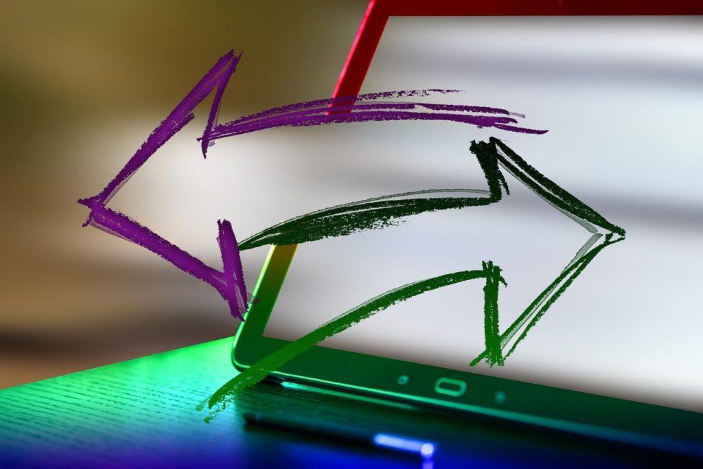 Interactive Arrows Laptop Direction  - geralt / Pixabay